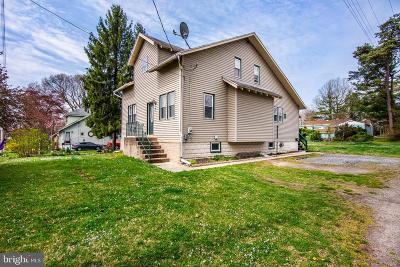 Stratford Single Family Home For Sale: 21 Yale Avenue