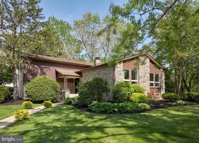 Cherry Hill Single Family Home For Sale: 1756 Country Club Drive
