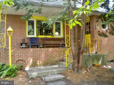 Gibbsboro Single Family Home For Sale: 76 Hilliards Road