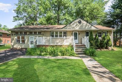 Cherry Hill Single Family Home For Sale: 710 Kenilworth Avenue