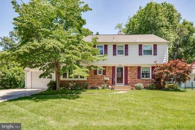Cherry Hill Single Family Home For Sale: 162 Pearlcroft Road