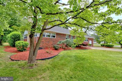 Voorhees Single Family Home For Sale: 5 Sunset Drive