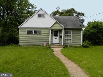 Runnemede Single Family Home For Sale: 217 Paul Place