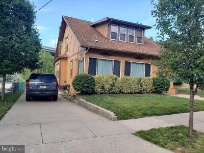 Pennsauken Multi Family Home For Sale: 210 Velde Avenue