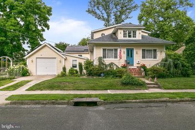 Clementon Single Family Home For Sale: 17 Elm Avenue