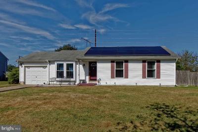 Sicklerville Single Family Home For Sale: 9 Decatur Lane