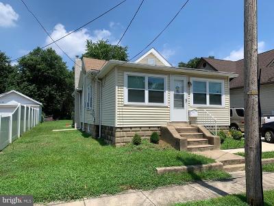 Gloucester City Single Family Home For Sale: 515 Jefferson Avenue