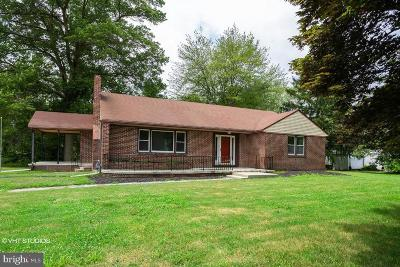 Hammonton Single Family Home For Sale: 595 White Horse Pike S