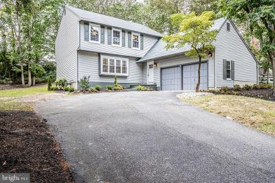 Voorhees Single Family Home For Sale: 10 Beacon Place