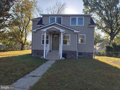 Lindenwold Single Family Home For Sale: 205 E Linden Avenue