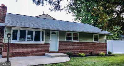 Laurel Springs Single Family Home For Sale: 1016 Chews Landing Clementon Road