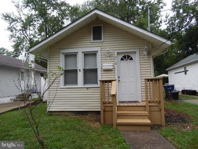 Somerdale Single Family Home For Sale: 312 W Evergreen Avenue