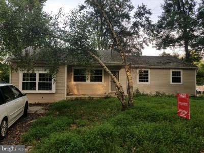 Lindenwold Single Family Home For Sale: 621 Columbia Avenue