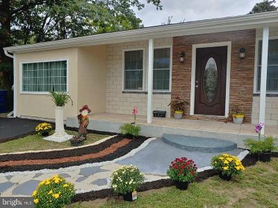 Somerdale Single Family Home For Sale: 604 W Somerdale Road