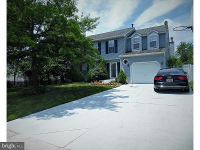 Glassboro Single Family Home For Sale: 9 Hollybush Drive