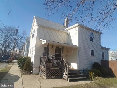 Paulsboro Single Family Home For Sale: 1 Queen Street