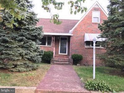 Paulsboro Single Family Home For Sale: 577 Greenwich Avenue