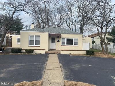 Pitman Single Family Home For Sale: 412 E Holly Avenue