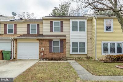 Swedesboro Townhouse For Sale: 206 Lafayette Drive