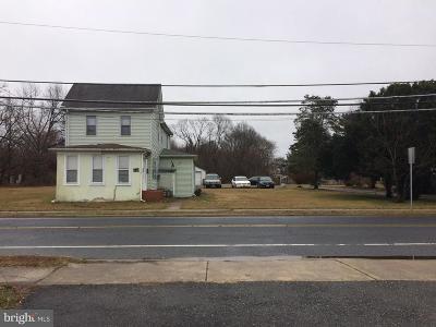 Glassboro Multi Family Home For Sale: 146 S Academy Street