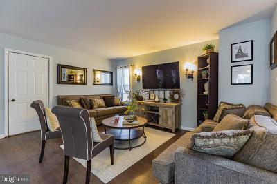Glassboro Single Family Home For Sale: 727 Elmhurst Place