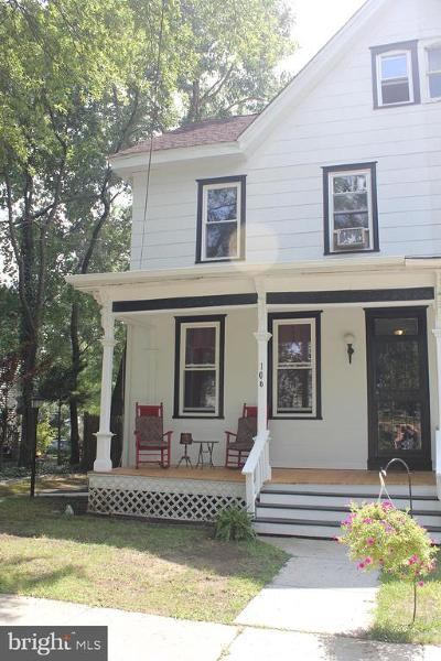 Wenonah Single Family Home For Sale: 106 E Elm Street