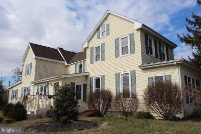 Swedesboro Single Family Home For Sale: 637 Woodstown Road