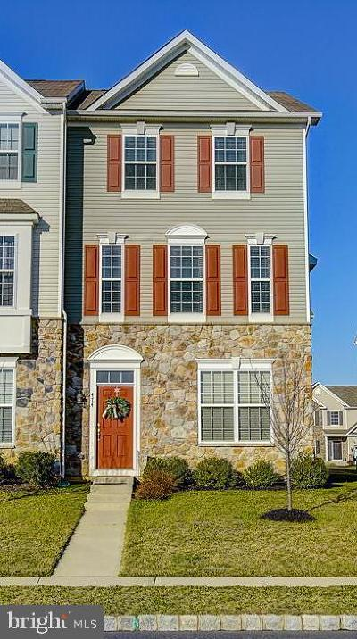 Glassboro Townhouse Under Contract: 474 N Palace Drive