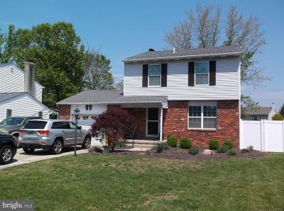 Swedesboro Single Family Home For Sale: 11 Maybrook Avenue
