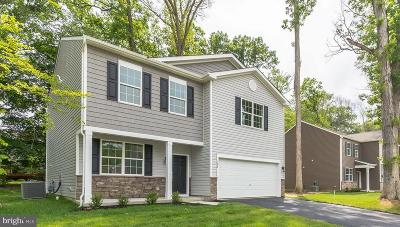 Deptford Single Family Home For Sale: 704 Beechwood Drive