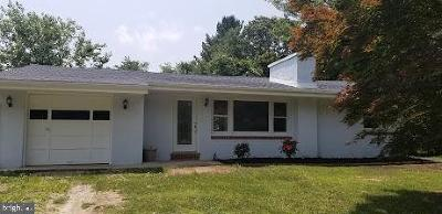 Gloucester Twp, Sicklerville Single Family Home For Sale: 323 Johnson Road