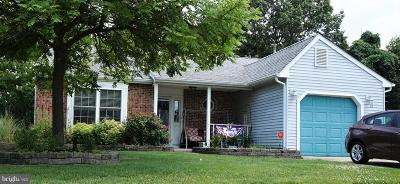 Deptford Single Family Home For Sale: 21 Pinecrest Drive