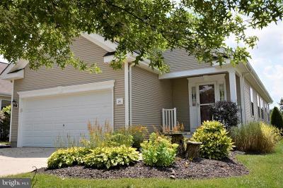 Swedesboro Single Family Home For Sale: 14 Duxbury Court