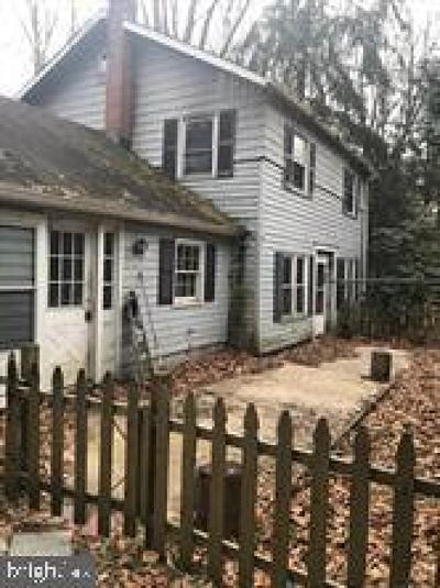 Single Family Home For Sale: 520 Washington Crossing Pennington Road