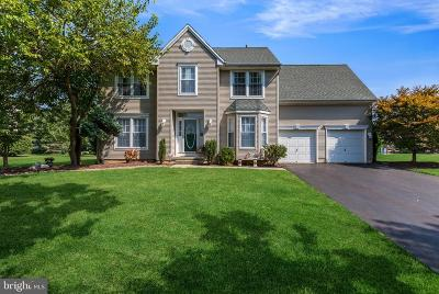 Robbinsville Single Family Home For Sale: 108 Juniper Way