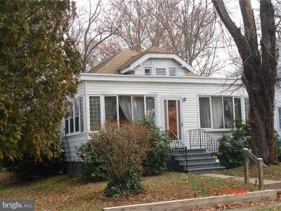 Ewing Single Family Home For Sale: 155 Woodland Avenue