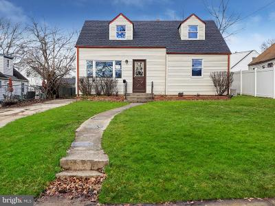 Ewing Single Family Home For Sale: 77 Pennwood