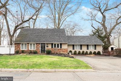Hamilton Single Family Home For Sale: 75 Althea Ave.