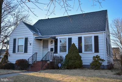 Hamilton Single Family Home For Sale: 203 Irvington