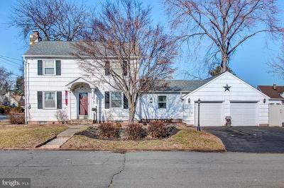 Hamilton Single Family Home For Sale: 8 Burleson Avenue