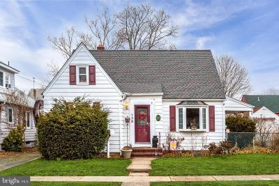 Hamilton Single Family Home For Sale: 138 Redfern Street