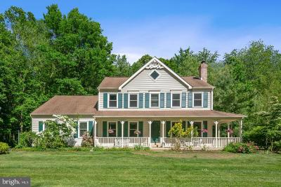 Princeton Junction Single Family Home For Sale: 10 Deerfield Drive