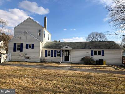 Hamilton Single Family Home For Sale: 170 Saybrook