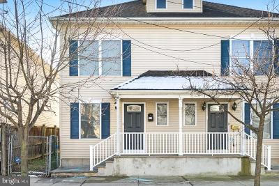 Trenton Single Family Home For Sale: 271 Ashmore Avenue