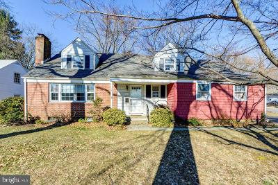 Ewing Single Family Home Active Under Contract: 19 Linwood