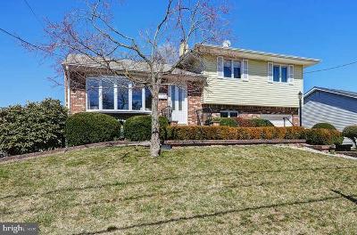 Hamilton Single Family Home Active Under Contract: 50 Gary
