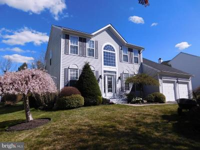 East Windsor Single Family Home For Sale: 3 Stonehedge