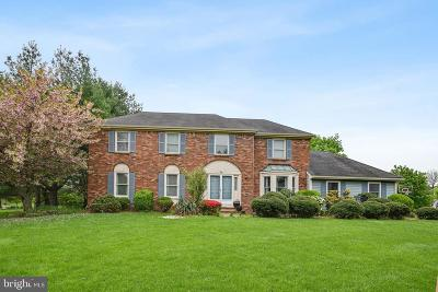 Princeton Junction Single Family Home For Sale: 24 Glengarry Way