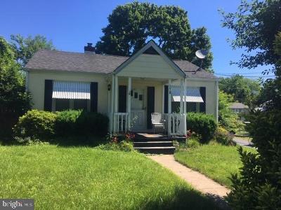 Hamilton Single Family Home For Sale: 178 Emeline Avenue