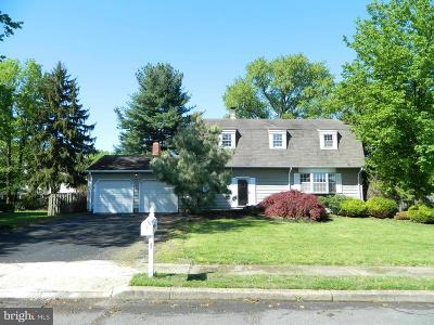 Hamilton Single Family Home For Sale: 1 Ford Drive